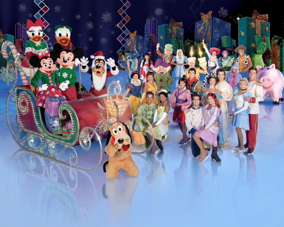 "Photo of Personagens da Disney patinam pelo país com ""Disney On Ice"""