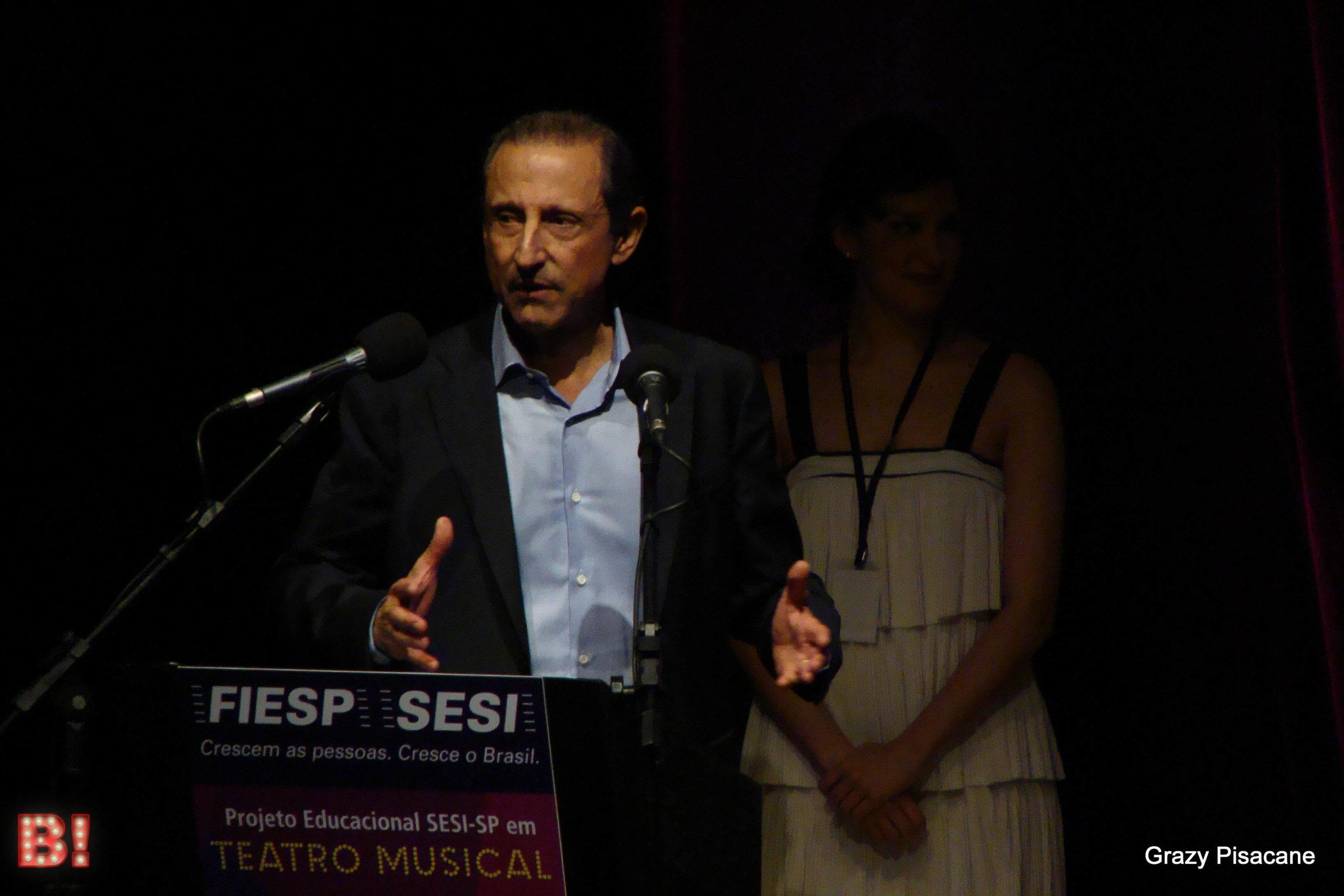 Photo of Projeto inovador gratuito oferece ensino e oportunidade no Teatro Musical