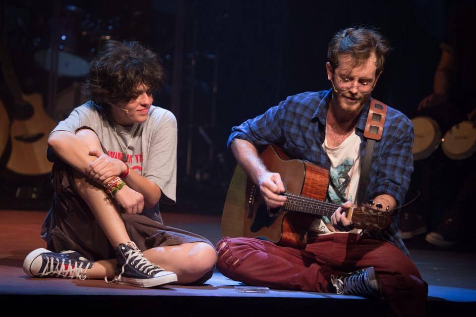Tacy Campos (Cássia Eller) e Emerson Espíndola (Nando Reis) - Foto: Divulgação