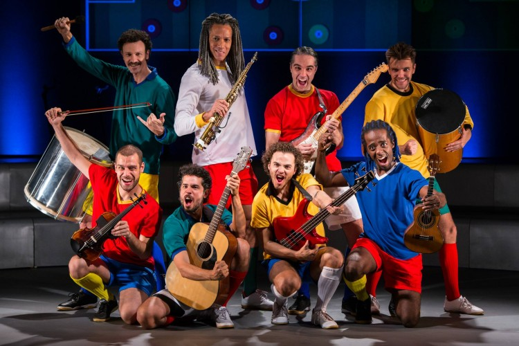 "Photo of ""Samba Futebol Clube"" reestreia no Teatro Carlos Gomes"