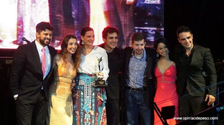 Photo of Produções da T4F brilham em noite de premiação