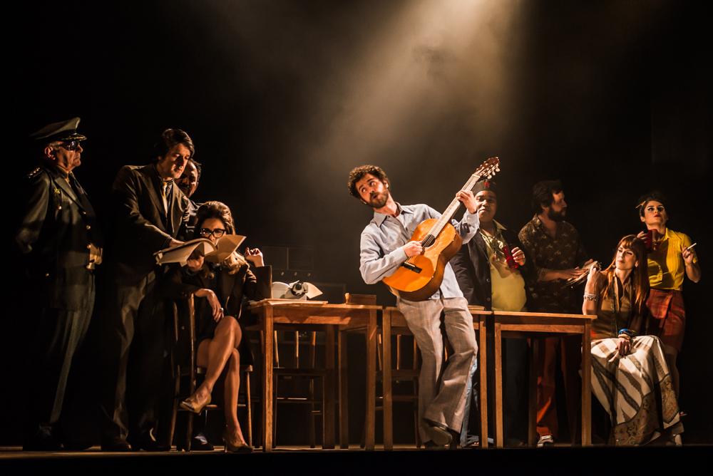 Photo of Comédia musical se apropria da obra de Chico Buarque para contestar censura
