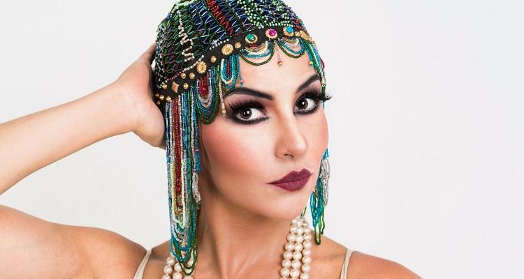 """Photo of Amanda Acosta fala sobre seu espetáculo """"Alô, Alô, Theatro Musical Brazileiro"""""""