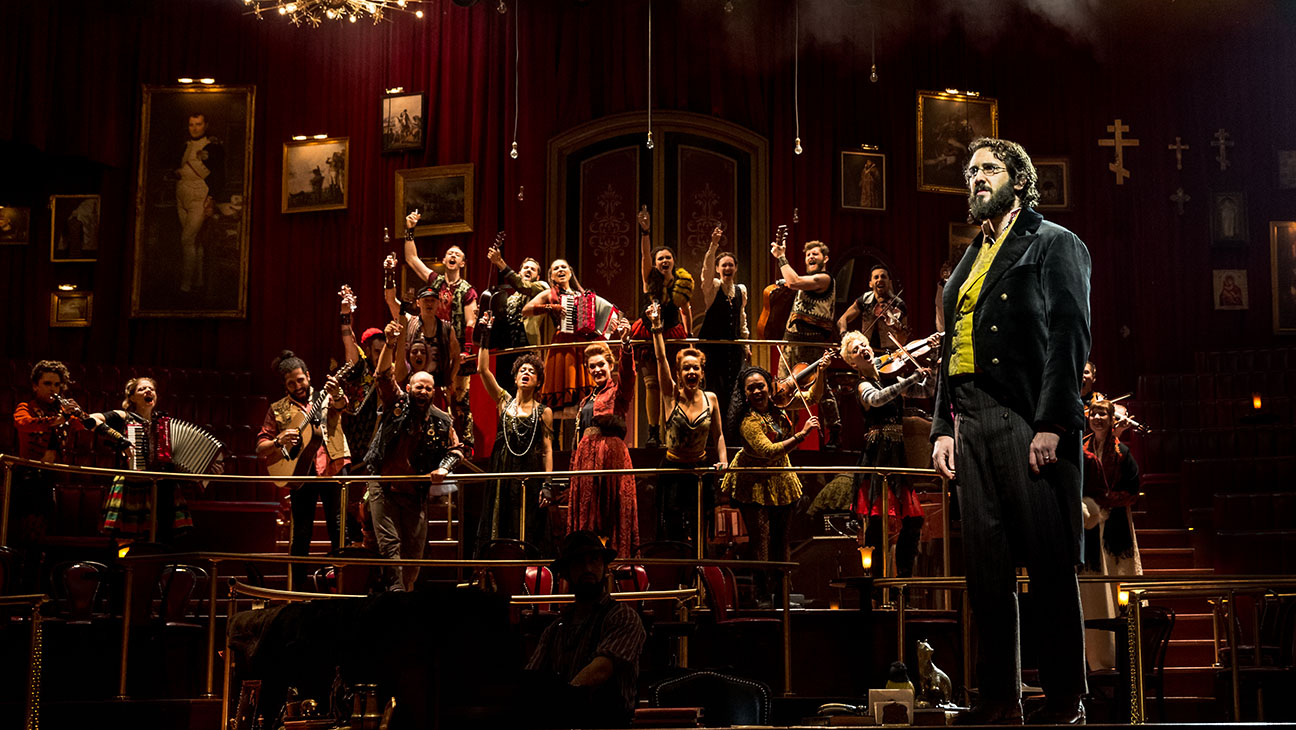 "Photo of ""Natasha, Pierre & the Great Comet of 1812"" lidera indicações ao Tony Awards 2017"