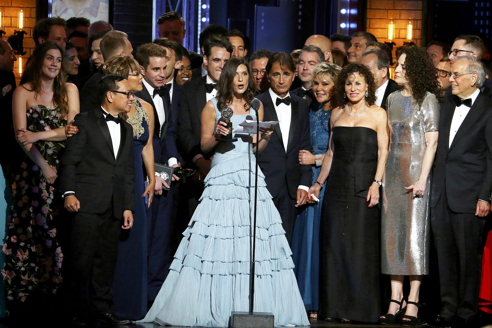 "Photo of ""Dear Evan Hansen"" fatura Tony Award de melhor musical – veja a lista de vencedores de 2017"