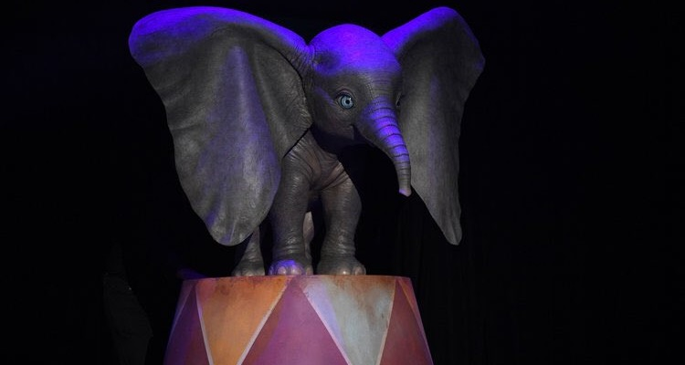 "Photo of Disney divulga os primeiros nomes do live-action de ""Dumbo"""