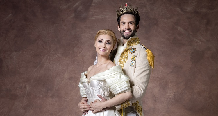 "Photo of Bruna Guerin e André Loddi estrelam turnê nacional de ""Cinderella – O Musical"""
