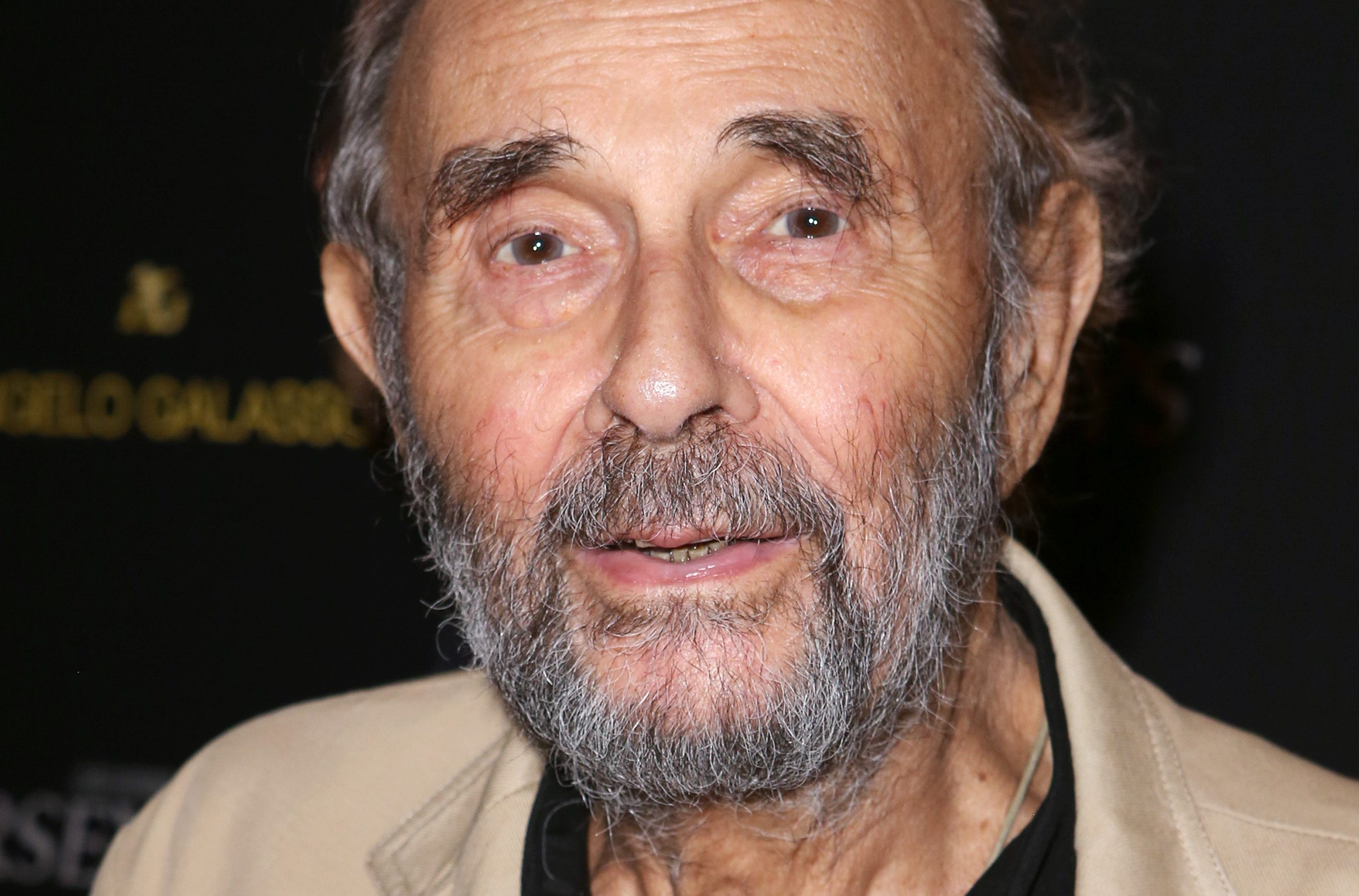 """Photo of Morre Stanley Donen, o diretor do clássico dos cinemas """"Cantando na Chuva"""""""