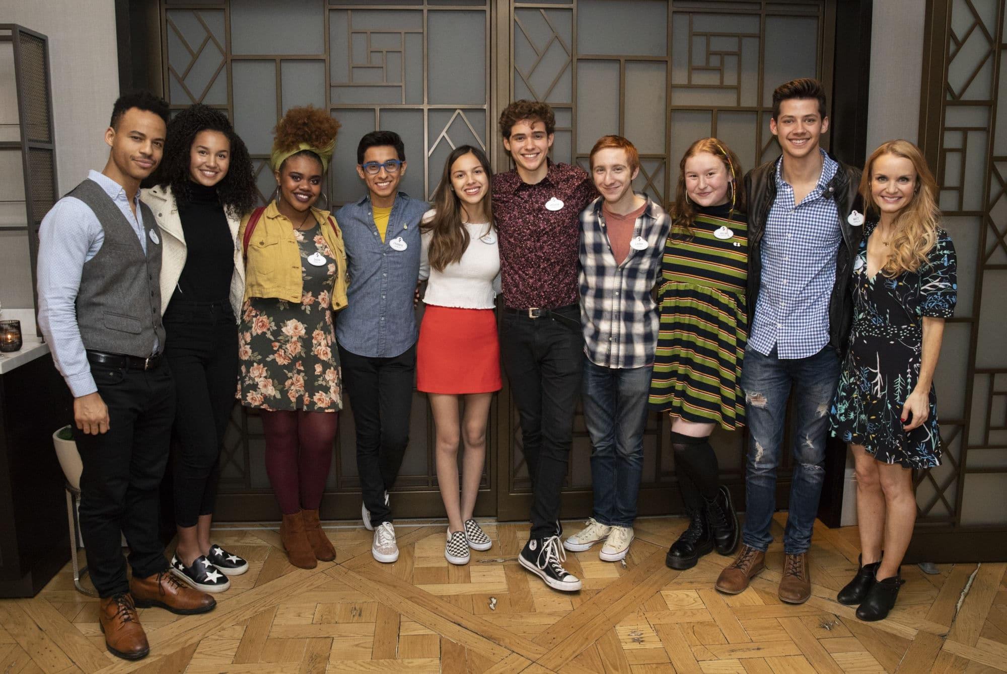 """Photo of Disney divulga primeira foto do elenco da série """"High School Musical"""""""