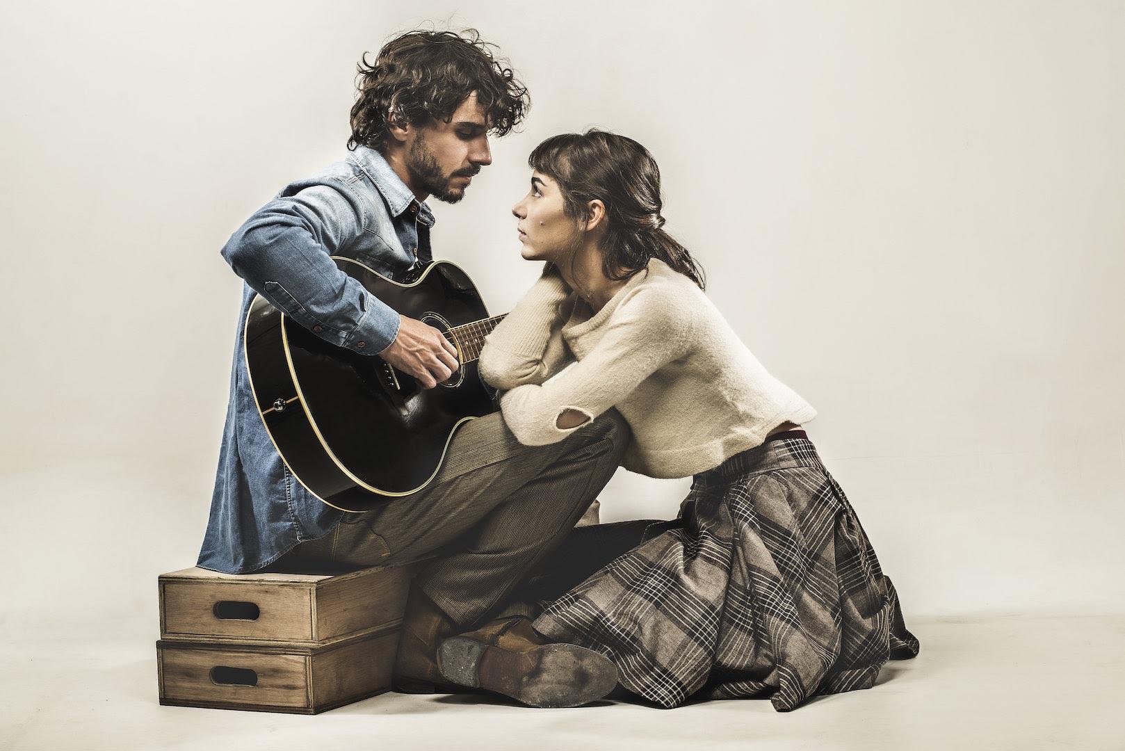 """Photo of Musical """"Once"""" ganha montagem argentina estrelada por Eliseo Barrionuevo e Paula Reca"""