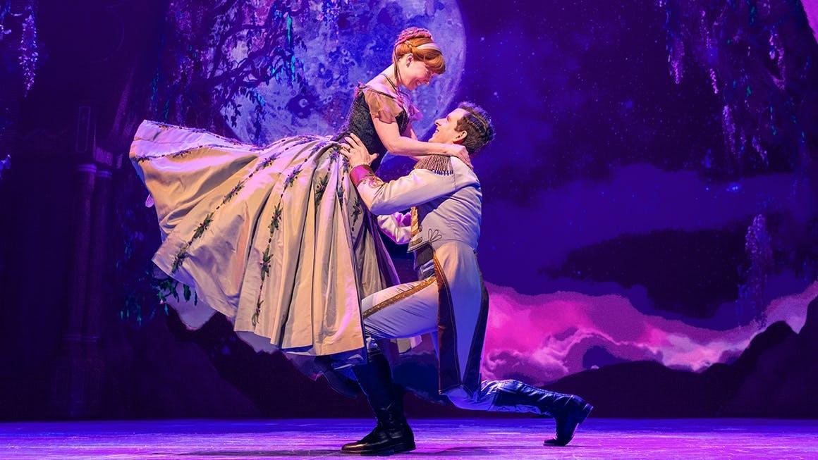 """Photo of Produção de """"Frozen"""", na Broadway, celebra chegada do verão com três novos clipes"""