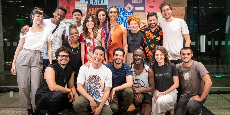 """Photo of Nova série da Globo """"Segunda Chamada"""", estreia com nomes do teatro musical no elenco"""