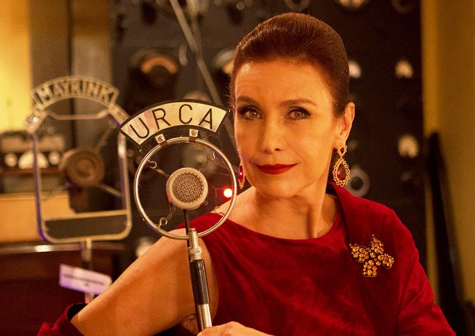 Photo of Adriana Quadros homenageia Rainha do Rádio, Linda Batista, em show-teatral