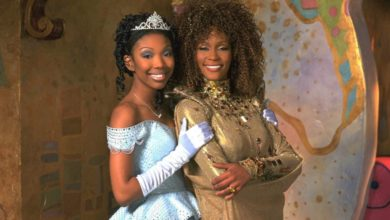 Photo of Telefilme 'Cinderella', com Brandy e Whitney Houston, chega ao Disney Plus