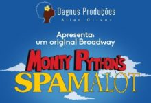 "Photo of EXCLUSIVO – Vencedor do Tony, musical ""Monty Python's Spamalot"" será montado no Brasil"